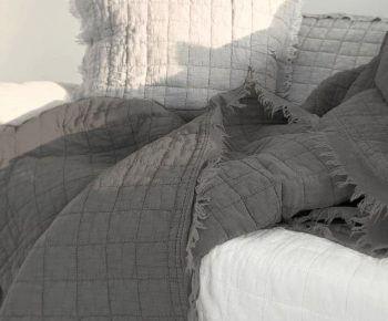 כיסוי מיטה קווילט יחיד