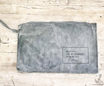 Large Basic Case פחם עם אימרה